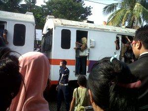 hanya di Indonesia :D , bener-bener deh